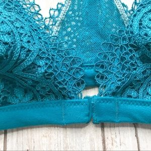 Victoria's Secret Intimates & Sleepwear - 4/$20 • Victoria's Secret Lace Bralette